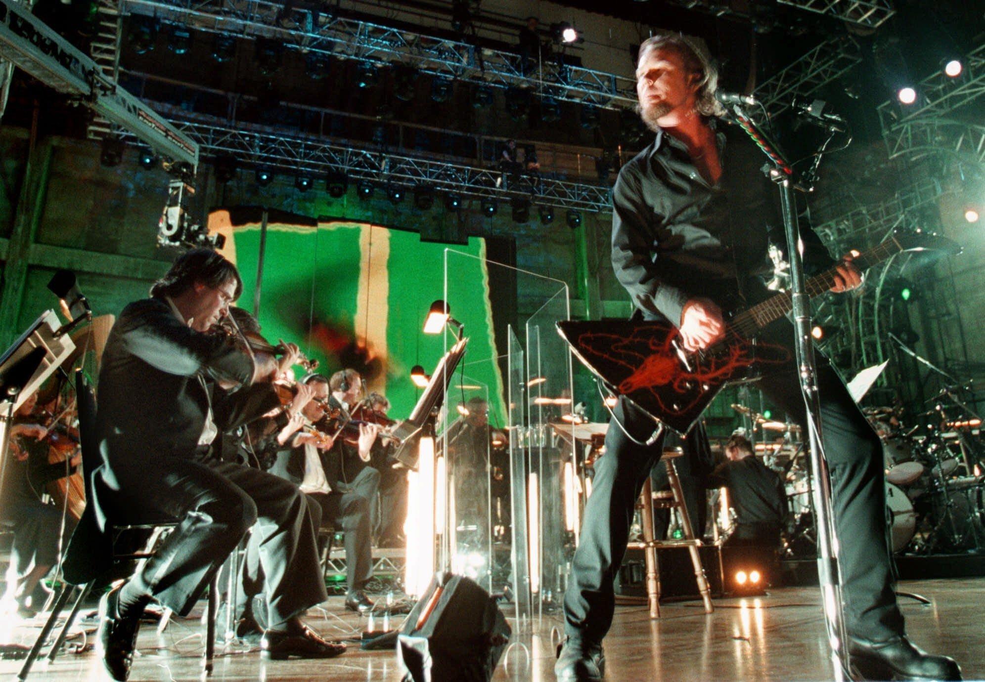 Orquestra e banda de rock Metallica